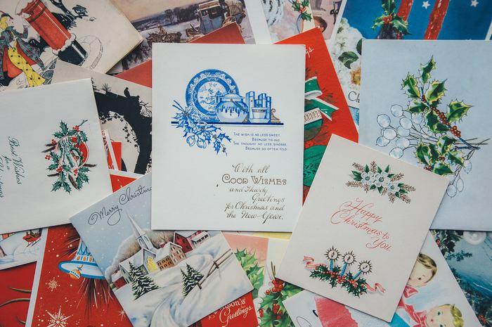 今年のクリスマスはお気に入りのカードを見つけて、大切な人に送ってみませんか。送る側ももらう側も、きっと楽しいクリスマスになりますよ。