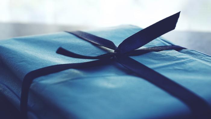 大切なお友達へ贈る、とっておきのプレゼント。 誕生日は、お友達の存在感や、大切さをあらためて確認するとても大切な日なのかもしれませんね…。 相手の喜ぶ顔を思い浮かべながら、「おめでとう」そして「ありがとう」の気持ちを込めて、素敵なプレゼントをセレクトしてみて下さいね♪