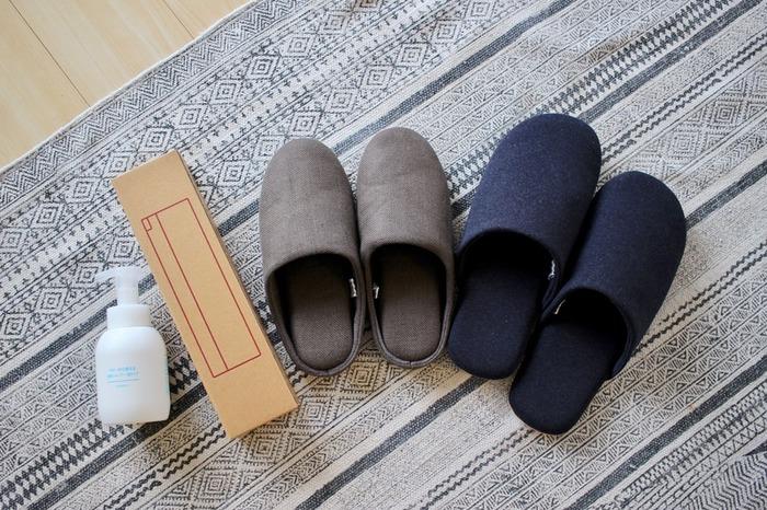 家族全員が使うものといえば「スリッパ」ですよね。無印良品のスリッパは色柄、形、素材、サイズともに、豊富な品ぞろえが魅力です。綿フランネルや綿天竺、ボアやフリースなど、足元をあたためる素材も充実しています。
