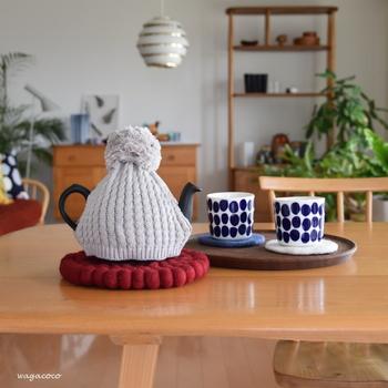 コーヒーや紅茶を淹れるポットが冷めないように、ポットカバーを用意しましょう。会話に盛り上がり過ぎてついついおかわりを入れ忘れてしまっても、かわいい見た目で温かさをキープしてくれます。