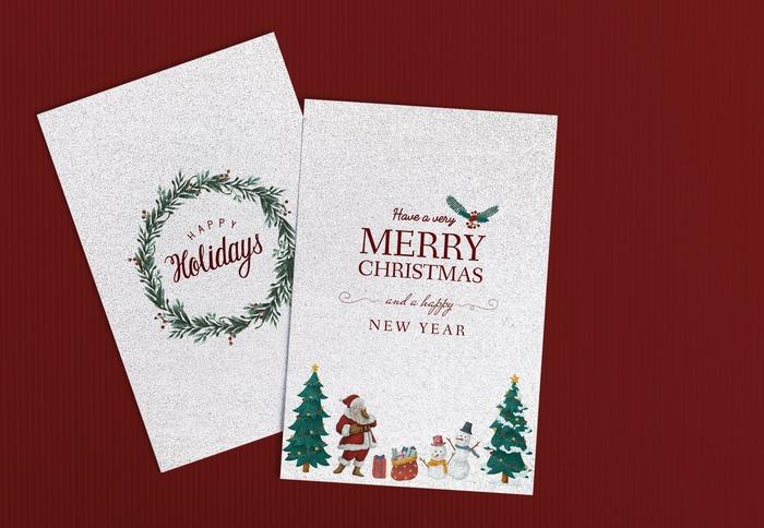 150年以上前からあるクリスマスカードは、今では様々な形や絵柄のカードが登場し、ポップな柄やおしゃれな紙質、仕掛けが施されているものまで、選んでいる時から楽しい気持ちにさせてくれるものばかりです。