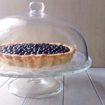 北欧で親しまれているブルーベリーをたっぷり使ったパイ。その見た目だけでも森の恵みが感じられて、fikaにぴったり♪