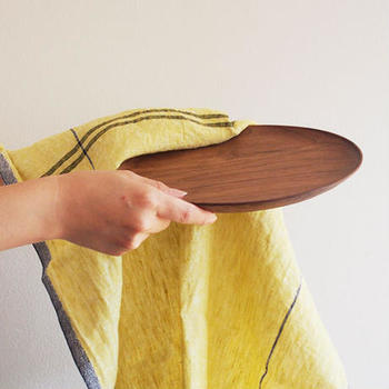 温もり感のある木製家具や雑貨好きな方に、おすすめなsvalefurniture。 作家さんもののインテリアやキッチン雑貨、輸入雑貨まで木で作られたアイテムが揃っています。
