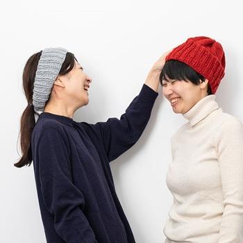 編み方動画も用意されているので、初心者でも編み上げることができます。ふんわりウール&アルパカの温かみのある素材にリネンをプラスした毛糸で、味わいのある仕上がりになります。