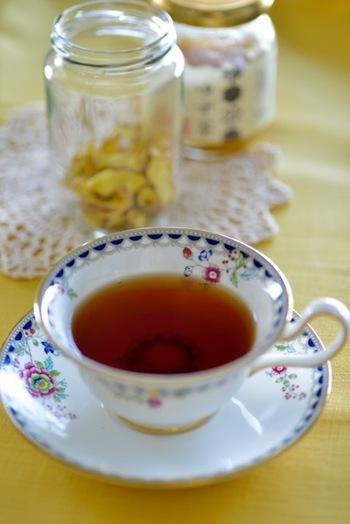 体を温めてくれるしょうがを使った紅茶。ゆずジャムで柑橘の香りとほのかな甘みをプラスして優しい味わいに。