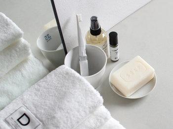 天然石鹸といってもいろいろな種類があり、それぞれに違った魅力が秘められています。  ぜひお気に入りの自然派石鹸を見つけて、お肌を労うバスタイム・スキンケアタイムを楽しんでみてくださいね♪