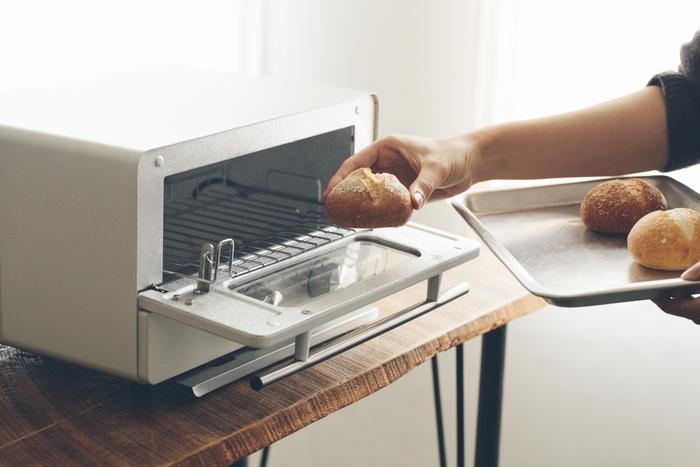 """「パンを焼くのは大変」って思ってない? 10分で""""焼きたてパン""""を味わう、とっておきの方法"""