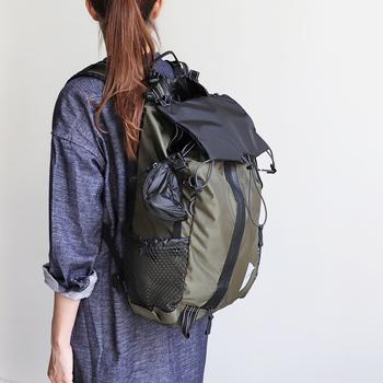 今持っているパックパックは、あなたにぴったり合っていますか?定番だからこそ改めて見直したい、体形や用途に合わせたバックパック。 サイズの提案や人気のおすすめブランド、コーディネートまで幅広くご紹介します。