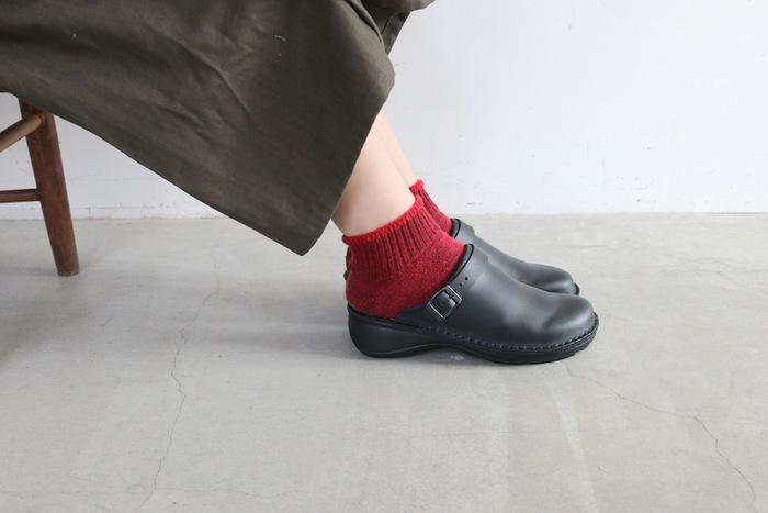 今回はそんな『NAOT』の靴づくりのこだわりやレザーシューズの魅力とともに、人気の定番モデル、NAOTの革靴を履いた素敵なコーディネートなどをご紹介します♪