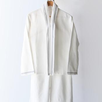 布団以上に肌に触れうr、パジャマ、ナイトウエア。 良質な素材のものは多少は根がありますが、快適な睡眠には欠かせないものです。 いろんな素材に触れて感触を楽しみながら、お気に入りを見つけてみませんか。