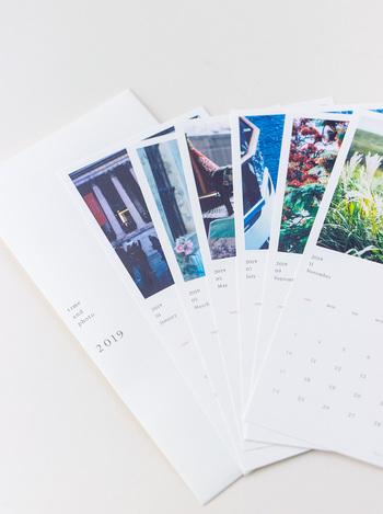 フォトグラファーの本浪隆弘さんの素敵な写真が集められたカレンダー。大判のポストカードサイズです。