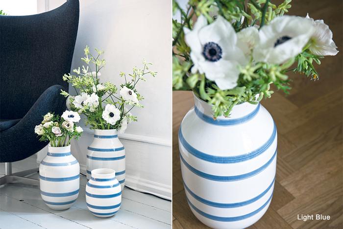 さわやかなライトブルーは、お花の種類や色を問わず飾れそうです。