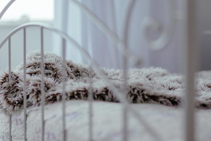 狭くてもOK!おしゃれなお宅の「寝室インテリア」実例集