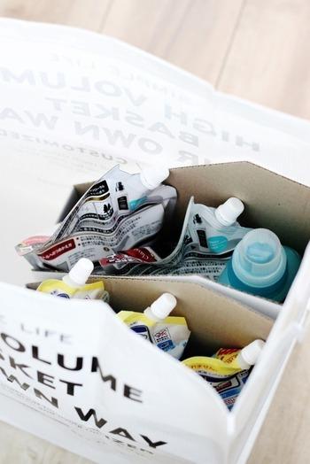 洗剤やシャンプー・リンスなどの生活用品は、気が付いたときに購入するよりも、月に一度のチェックで買い足すのがおすすめです。ゆっくりと家の中を点検して、少なくなっているアイテムをメモ。何度か続けると、自分がどのぐらいのペースで生活用品を使っているのか把握して、必要最低限のストックを購入できるようになります。