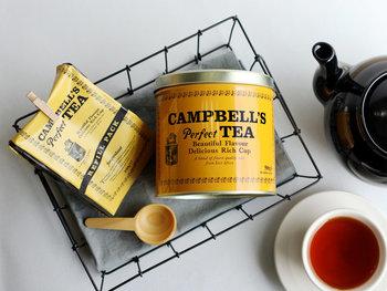 紅茶の国、アイルランドで長く愛されるエブリディーティー。濃い琥珀色の紅茶はやさしく豊かな香りで飲みやすく、それでいて力強いコクが感じられ、後味はすっきり。ストレートはもちろん、濃厚なミルクティーに、スパイスを加えてチャイにして飲むのもおすすめです。