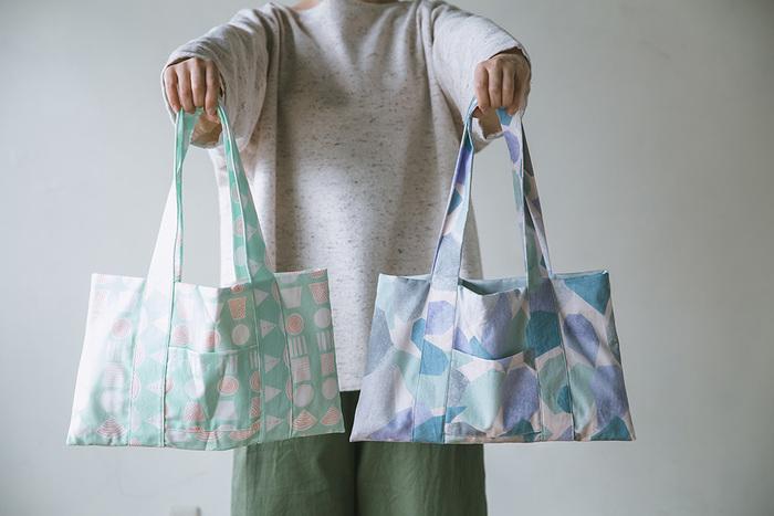 布地の柄によって雰囲気も様々。いくつか作ってコーデに合わせたり、プレゼント用にするのもいいですね。直線縫いだけでも、ここまで縫えるようになればかなりの腕前ですよ!