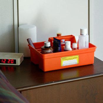 洗面所で使えば化粧品や薬を入れておくケースにぴったりです。サッと取り出せるから、毎日使うアイテムを入れておくのが◎。