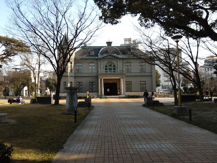 天神公園内には「旧福岡県公会堂貴賓館」や「福博プロムナード」などの場所があり、福岡を感じられる見所のある場所が多い公園です。時期によってはイベントなども開催されています。