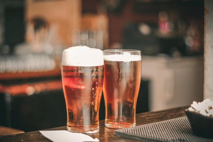 家飲みを更に素敵に美味しくしてくれるようなグラスをご紹介しましたが、いかがでしたか?そのまま缶で飲んでも、いつものグラスで飲んでも美味しいですが、せっかくなら、雰囲気も大切にしたいですよね。それぞれのお酒にあうグラスを選べば一日の終わりがもっと豪華で華やかになること間違いなしです。