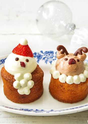ふわふわの手作りマフィンもデコレーションを一工夫して、かわいらしく♪サンタさんとトナカイで、楽しいクリスマスパーティーにぴったりです。