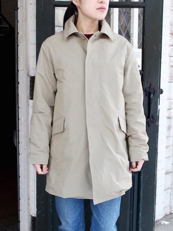 ハンサムなイメージのあるマックコート。カジュアルに着られるアイテムだけど、どんなときも着こなしをピリッと引き締めてくれます。