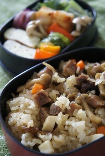 余っていたもち米を一合、おこわ弁当にしたとは、おいしすぎる救済策♪