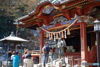 多くの方に「高尾山薬王院」と呼ばれていますが、正式な寺名は『高尾山薬王院有喜寺』。川崎大師 平間寺、成田山 新勝寺と合わせて、真言宗智山派の三大本山としても知られている由緒あるお寺さんなんです。