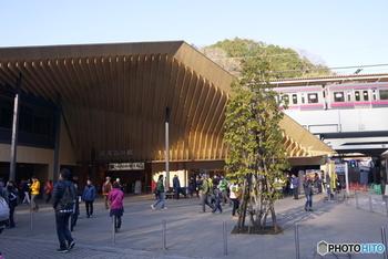 """「高尾山口駅」近くには""""高尾山薬王院祈祷殿駐車場""""もあるので、お車で来られても大丈夫!収容台数はなんと250台!午前8時から午後4時まで利用することが可能ですよ。"""