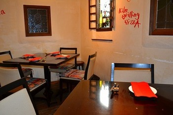 大人の街、人形町で子連れランチをするなら、6~8名用の個室があるイタリアンレストランの「Junjino(ジュンジーノ)」がおすすめ。予め予約しておくとゆっくり過ごせますよ。