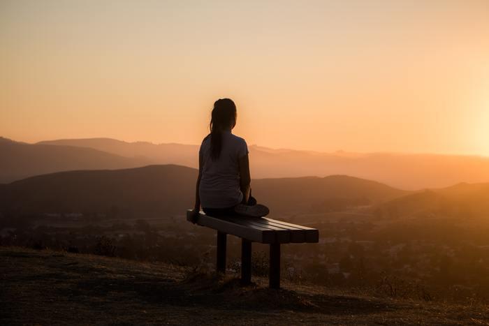 座禅は慣れるまでは姿勢を保つのが難しかったり気が散ってしまうものです。でも、だんだんと心も体も整ってくるのが実感できます。ぜひ、寒い冬の時期だからこそ感じることの出来る清々しさを味わってみてくださいね。