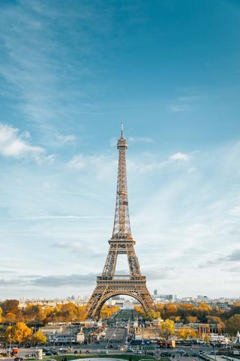 いつかパリに行ってみたい!映画を観たり本を読んだりファッション雑誌をめくったりする中で、漠然と憧れを持つ方も多いですよね。そんなパリは、一人でぶらぶらお散歩みたいな旅がしやすい街。えいっと勇気を出して行ってみませんか?