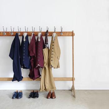 ハイセンスな雰囲気でワンランク上の着こなしが叶うだけでなく、上下別々に使えることで着回し力も抜群。セットアップは毎日のおしゃれの強い味方です。 そのおしゃれさと便利さから、流行からすっかり定番化しつつあり、様々なデザインのセットアップが生み出されています。