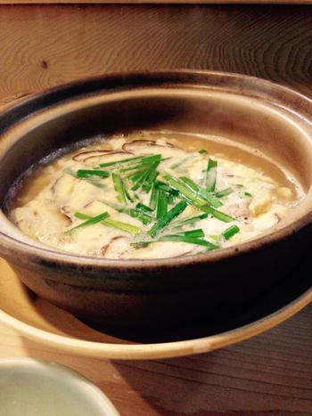 ランチ懐石では、ごはんを雑炊に代えてもらうこともできます。味にこだわる方への接待も、きっと満足してもらえますよ。
