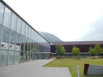 古代出雲歴史博物館の2Fにあります。  出雲大社と隣接している「古代出雲歴史博物館」内にあるので、お参りの後に立ち寄りやすいのも魅力。 無料の駐車場もあります。