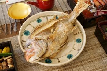 さっぱりとしながらも、深いうまみと優しい甘みをもつ真鯛。繊細な味を好む日本人には、はずせない魚ですね。