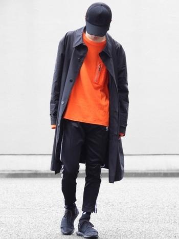 スポーティーでかっこいいラインパンツ。メンズコーデから着こなしのアイデアを参考にしてみましょう。