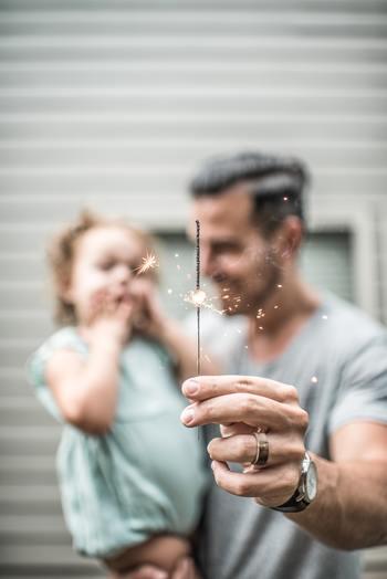 自分の実家や新しく築いた家族と一緒にいると心温まったり安心しませんか?何も言わなくてもなんとなく察してくれる、そんな関係を作れるのは家族ならではですね。