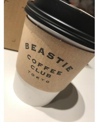 """BEASTIEは""""小動物""""の意。それともアメリカのラップグループ、BEASTIE BOYSに因んで?"""