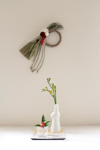 自宅でお正月飾りを処分する時は、地域ごとに指定されている通りに分別をしてから、「塩」で清めてゴミに出しましょう。