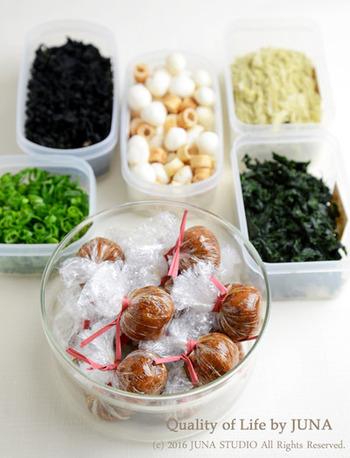 「味噌玉」は朝食はもちろんのこと、お弁当やお夜食のお供にも◎。わかめ・お麩・あおさなど、好きな具材で様々なアレンジを楽しんでみてはいかがでしょうか。