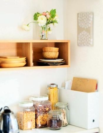 お家にあるたくさんの消耗品を、シンプルな容器に詰め替えると、スッキリしたインテリアにすることができます。豊富な詰め替え容器の中から、お気に入りを見つけて生活感をなくしたシンプルでおしゃれな暮らしを目指してみませんか?
