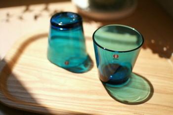 きれいになったグラスを眺めていると、心もすっきりときれいになったような気がするから不思議です。定期的にグラスのくもりを取ってあげるといいですね。