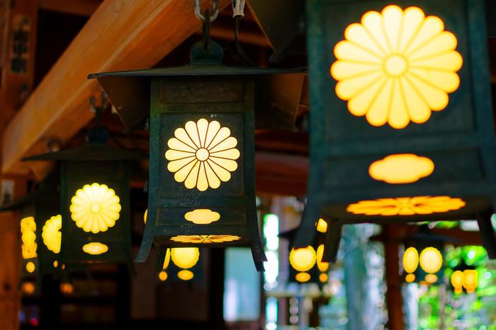 埼玉県にある小江戸・川越で、縁結びの神様として知られる「川越氷川神社」は、古墳時代に創建されたとされる由緒ある神社です。家族円満・夫婦円満・縁結びの神様として信仰されています。