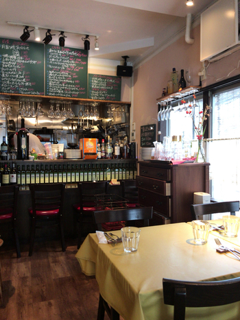 高円寺中通り商店街の「レストラン ボンジョリーナ 高円寺」は、地元の方から親しまれているカジュアルイタリアン。池上に本店があり、高円寺はその姉妹店です。