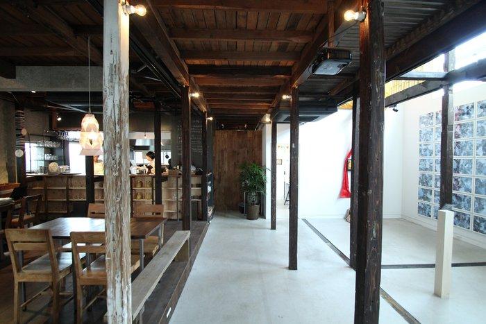 「HAGI CAFE」では、定期的にアートイベントなども開催しています。また、展示販売企画を中心に催している「HAGIROOM」もあるので立ち寄ってみてくださいね。