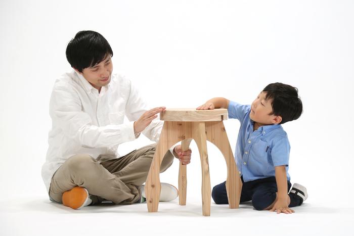 安全性の高い接着剤や塗料などを使用し、使う量も最小限に抑えることで健康面でも配慮が施されているそうです。これなら、お子さんと一緒に安心して作業できますね。