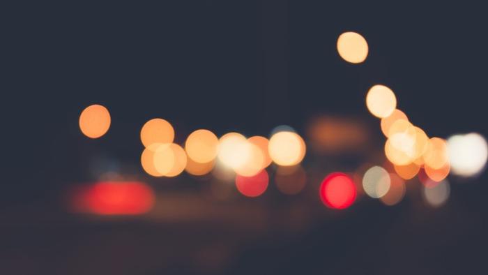 日常では、忙しくてなかなか自分の心と対話することはできず、心が麻痺してしまいがちです。刻々と過ぎていく時間に追われ、心の奥深くに気づいてあげていない感情がたまり、どんどん自分の心が分からなくなってしまうのです。