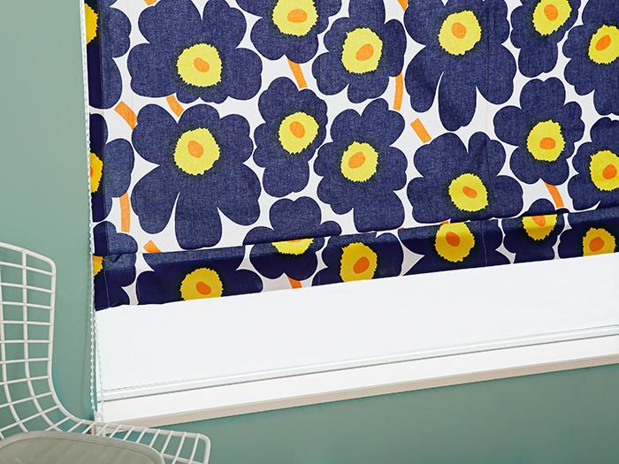 """marimekkoと聞いてまずイメージする方も多いであろう、""""unikko(ウニッコ)""""。大判で、大胆な色使いの花柄が特徴です。明るくポップなデザインは、見る人の心を自然と前向きにします。"""