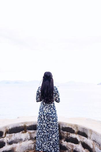 自分はダメだ、何もいいところがない。こんな風に自分の殻に閉じこもっていませんか。あなたにはいろんな魅力や可能性があるのです。それに蓋をして隠してしまっているのは、他ならぬあなた自身なのです。ありのままでいい、そのままでいいと、許し認めることが、もっと自分らしく自由に生きる第一歩になります。