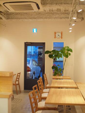 博多駅から徒歩6分のマンションの1Fにある「洋食堂 はなや」は、少しわかりにくい場所にありますが、安くて美味しいランチが評判です。